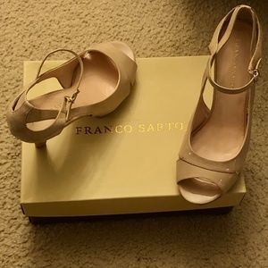 Franco Sarto Taupe Patent Leather Pumps